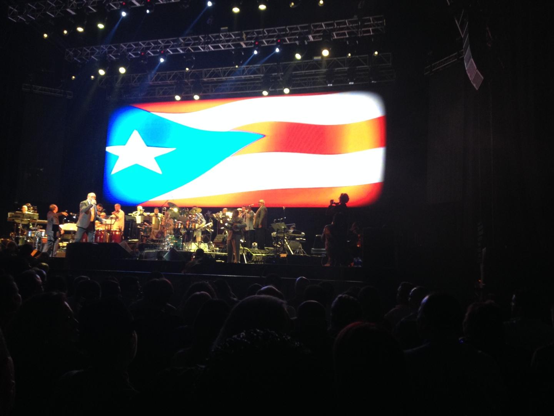 """""""Puerto Rico, Adoración"""" - Andy Montañez y las Estrellas de Fania. Andy sustituyendo con mucha entrega y sentimiento a Ismael Quintana"""